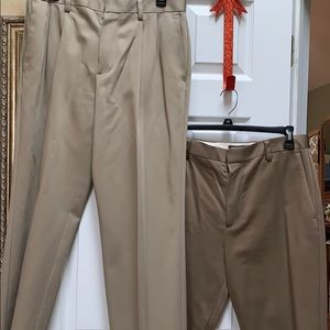 NWB 2 pair men's Dockers, pet & smoke free home